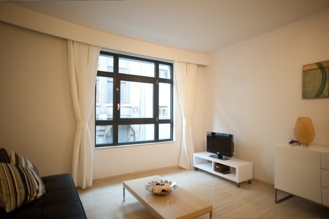 furnished apartment Antwerp port second floor middle